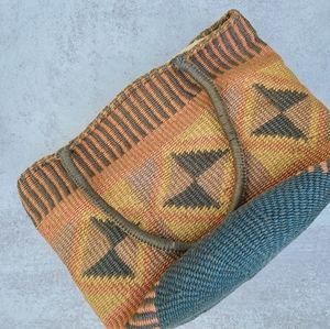 Vintage boho woven  bag